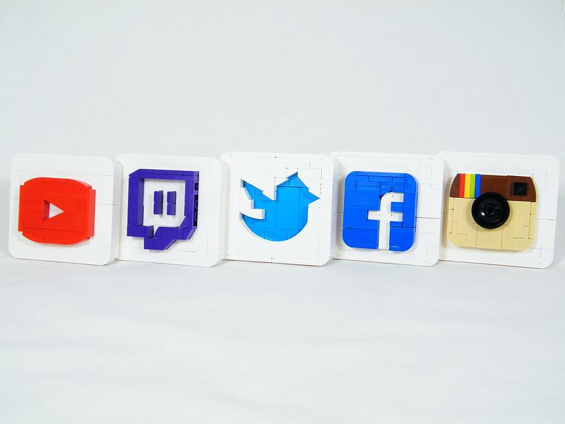 communication start-up réseaux sociaux